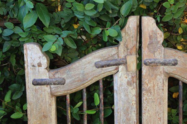 Vintage gate